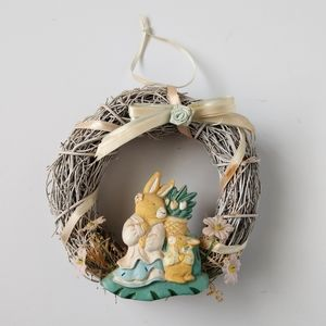 Vintage Small Easter Bunny Flower Round Wreath